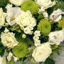 green-and-white-posy-arrangement