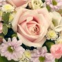 pink-and-white-posy-arrangement
